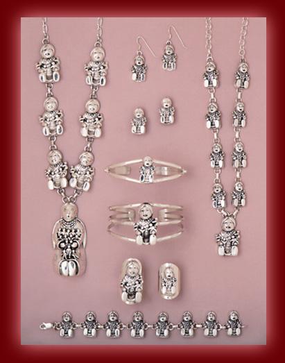 Retro Sea Shells & Celluloid Necklace Set